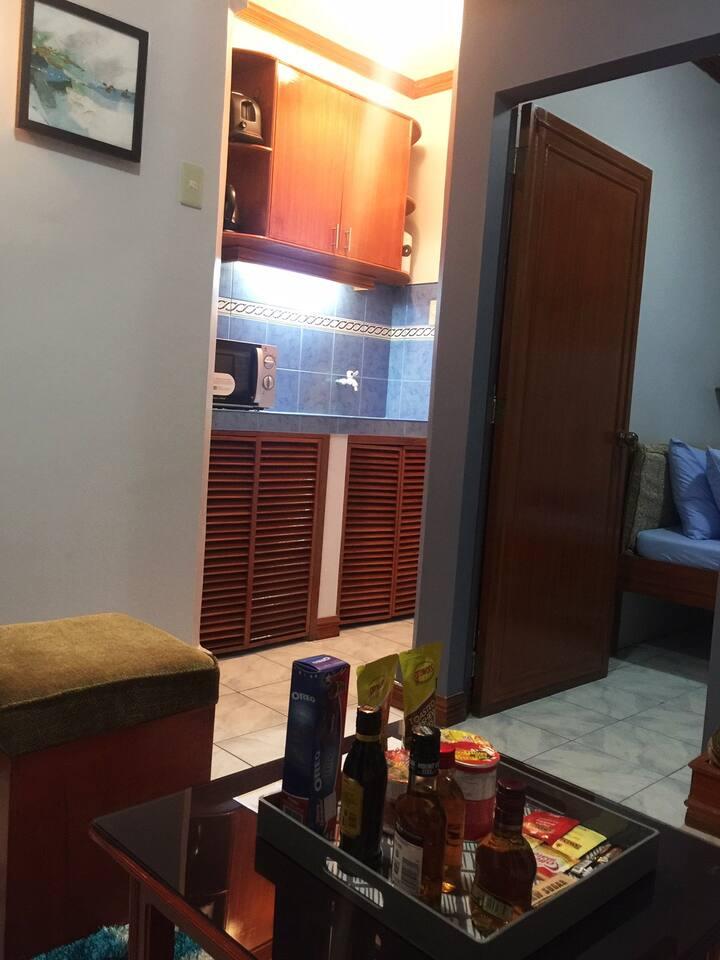 Las Pinas Budget Room 6