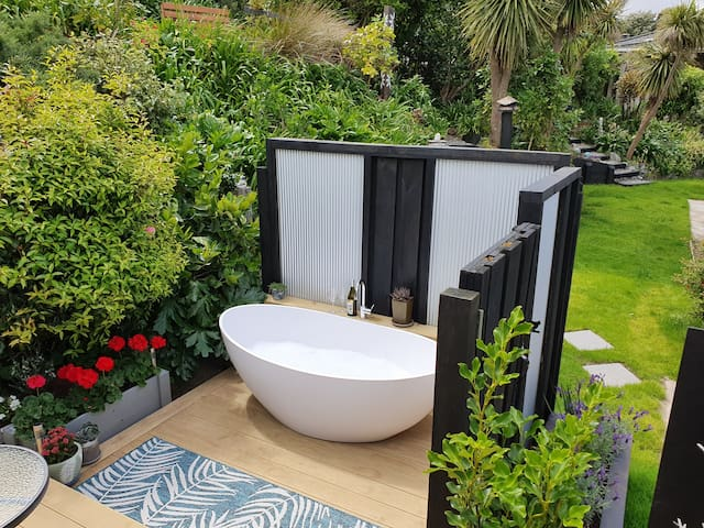 Beautiful bubble baths in an outdoor private setting