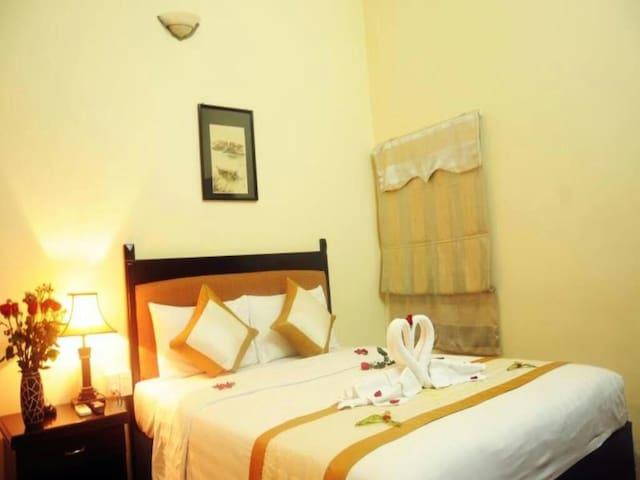 Huu Thien Cheap Room