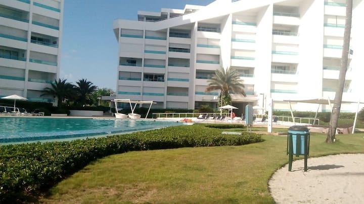 Residencial Marbella, Juan Dolio. Frente mar.