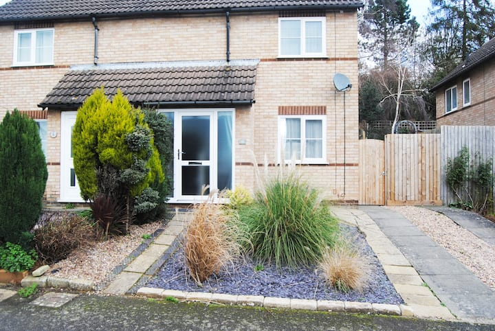 Bright modern house in beautiful Uppingham  town