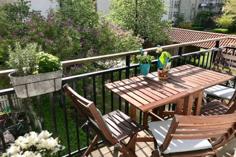 Balcony and courtyard