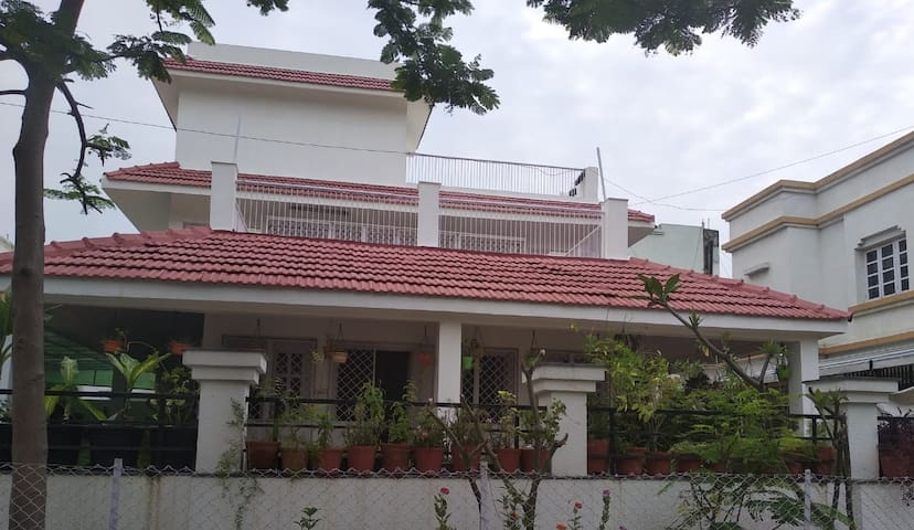Perfect Bungalow for Couple, Professional & Family