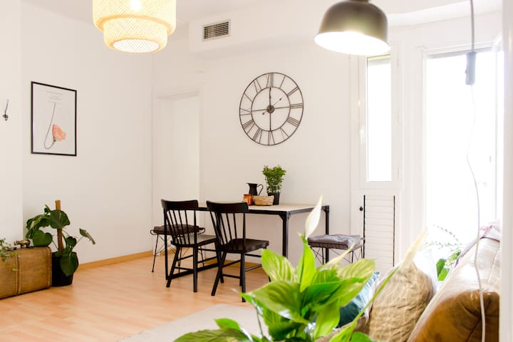Design 2bed/3bath close to Passeig de Gracia