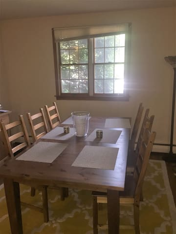 Dining table (extendable to up to 8 guests). High chair available upon request