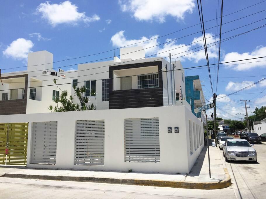 New Downtown Condo near Mercado 28