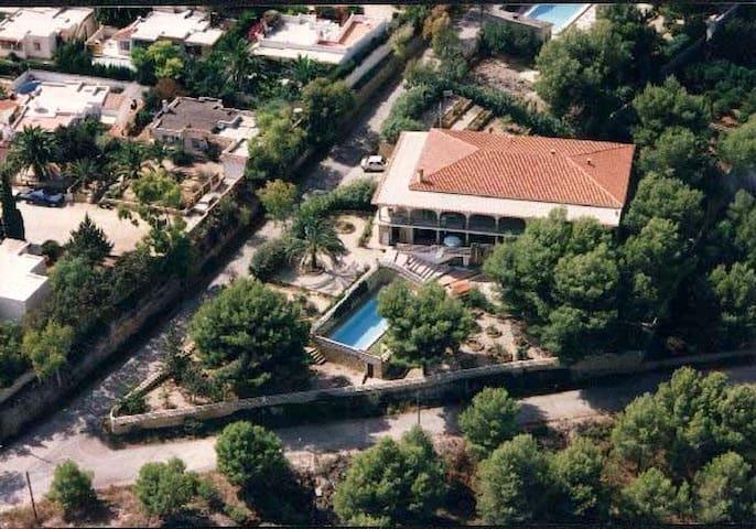 Appartement in Villa met  zwembad - l'Alfàs del Pi - Appartement
