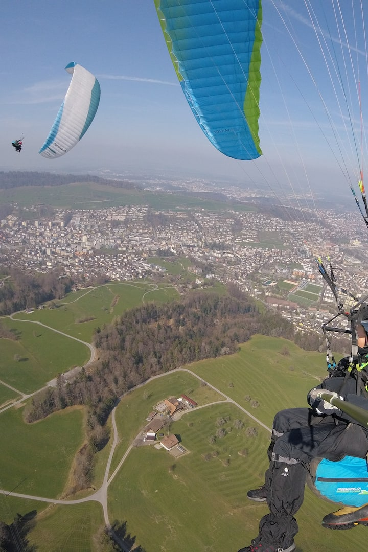 Fun with friends above Lucerne