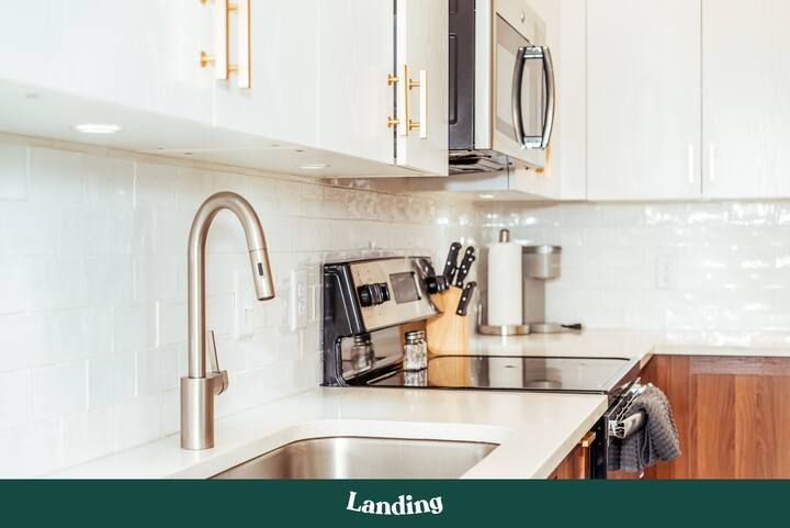 Landing | Modern Apartment with Amazing Amenities (ID396)