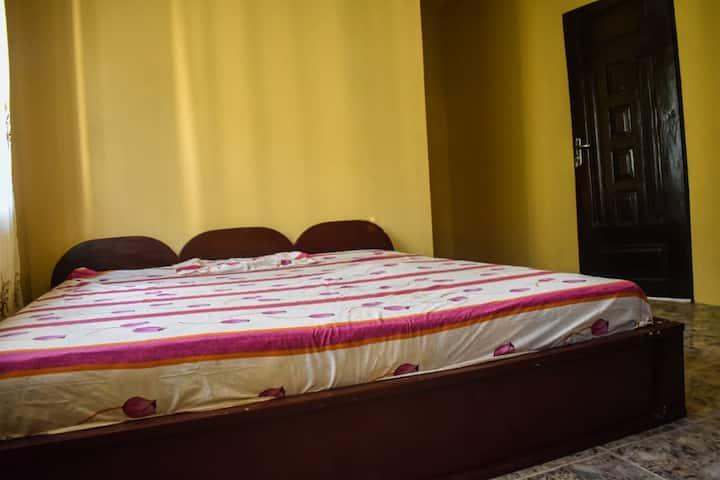 Looye Peace Room at Ologuneru, Eleyele - Ibadan
