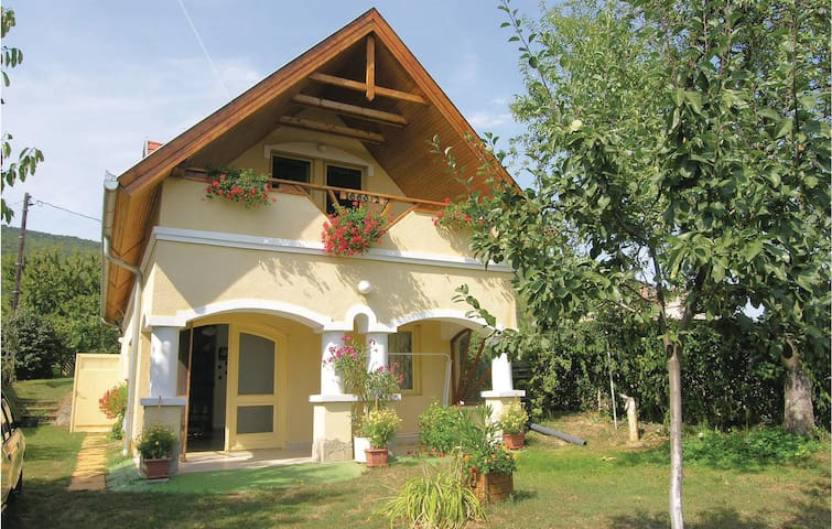Holiday cottage with 3 bedrooms on 100m² in Balatonederics