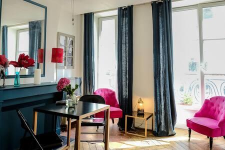 Charming studio apartment in central Paris