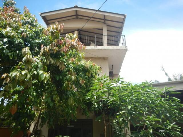 Homely Apartment with Rooftop - Dehiwala-Mount Lavinia - Apartmen