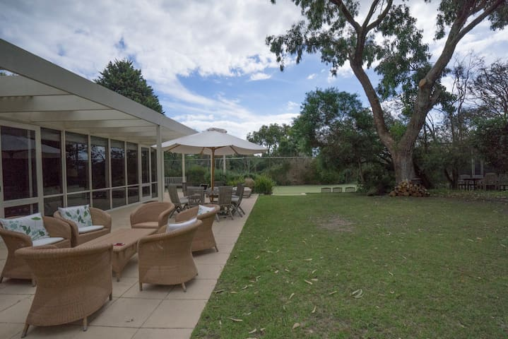 THE COURT Perfect Summer and Winter - Portsea - House