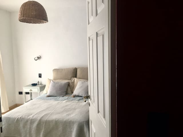 Bright & Calm Suite in the heart of Agronomía!