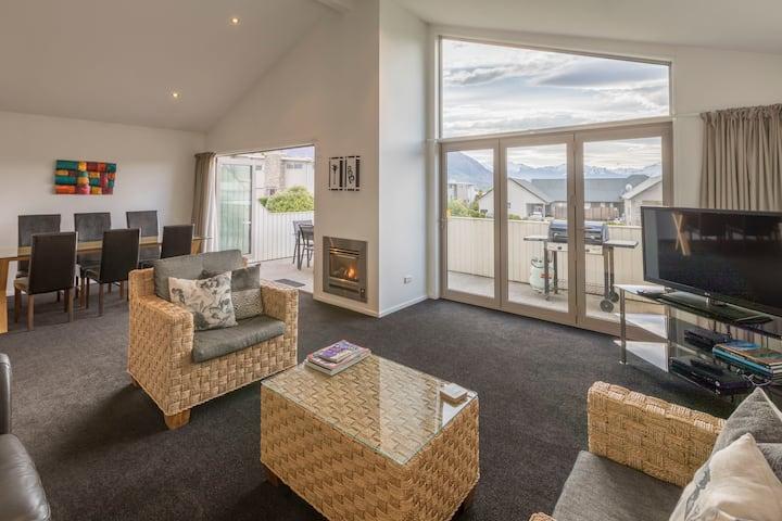 xxx Mountain view Apartment on Anderson