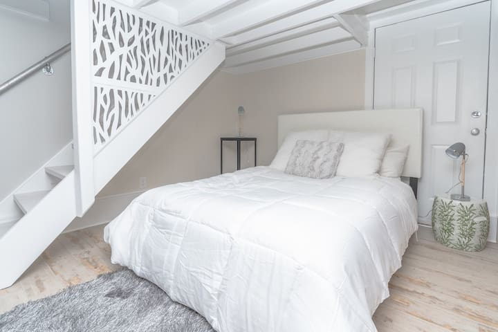 Open Bedroom (Queen) with small loft upstairs