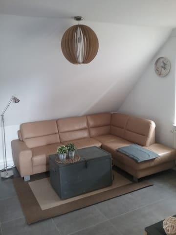 Monteure,Messegäste,citynah angenehm übernachten - Lehrte - 아파트(콘도미니엄)