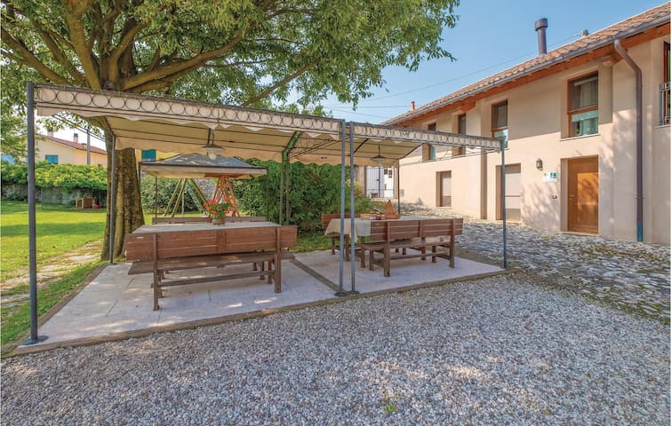 Semi-Detached with 1 bedroom on 40m² in Colceresa -VI-
