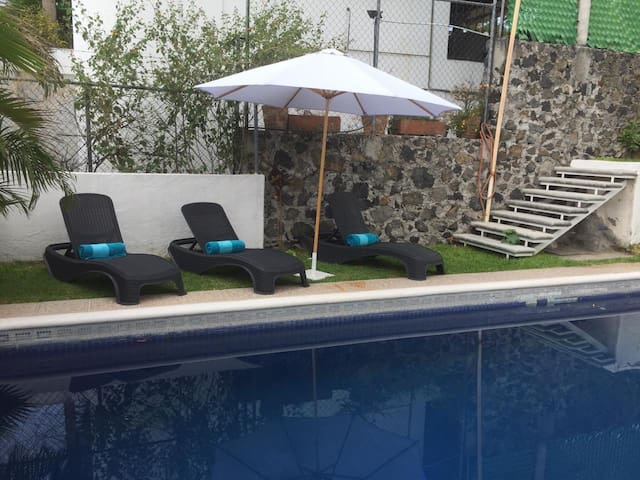 House with  private pool and garden in Morelos