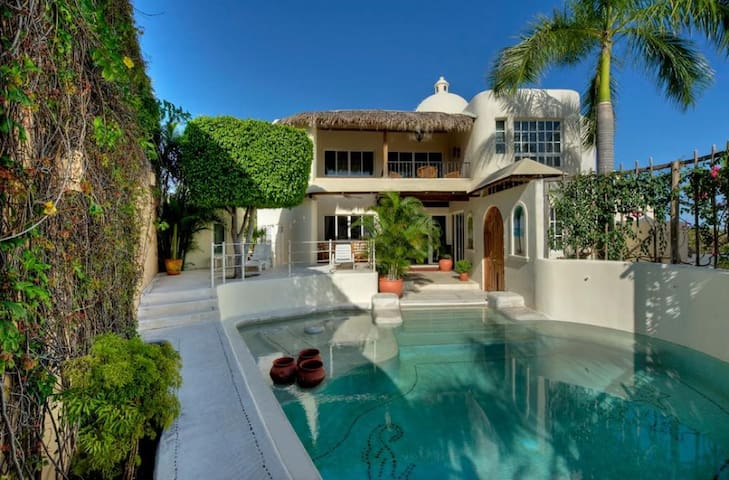 Remarkable Villa in Exclusive Gated Community
