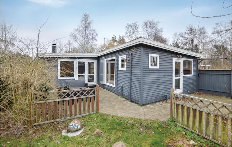 Holiday cottage with 2 bedrooms on 59m² in Eskebjerg