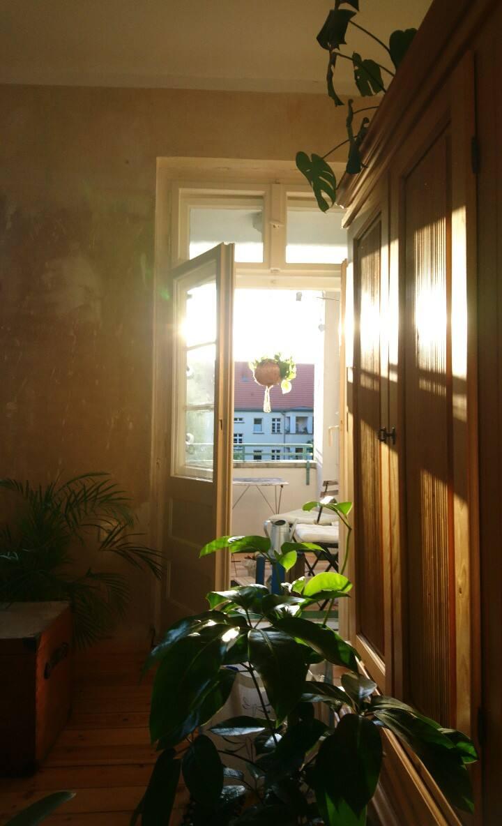 Sunny, quiet Room close to südkreuz