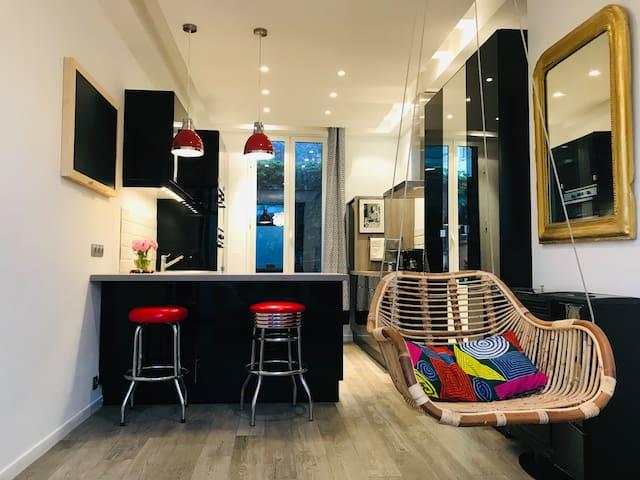 Beau studio Suresnes/Puteaux La Défense