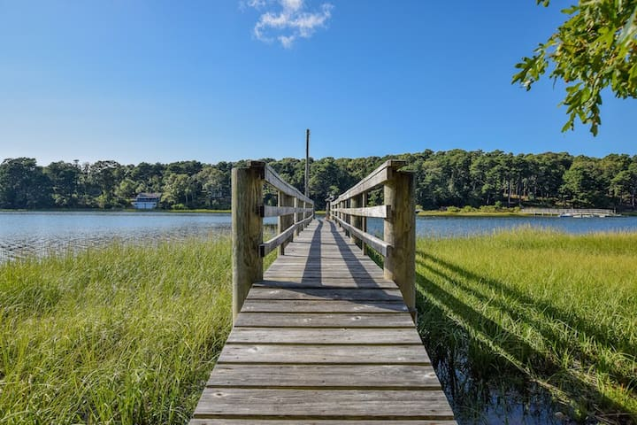 #501: Newly Renovated, Waterfront, Steps from Dock on Pleasant Bay!