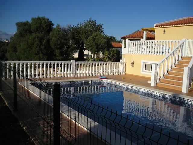 Villa a 3 km de la playa en entorno privilegiado - Pêra - Villa