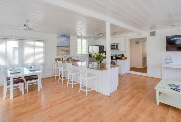 1280 sqft 2-Bedroom Deluxe Beach for 10 Persons
