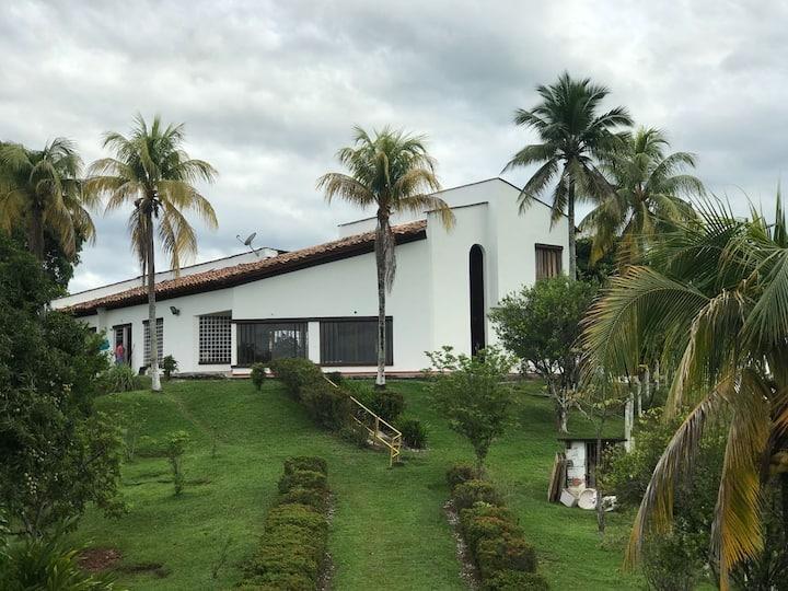 Parcela La Daniela en Doradal, Antioquia.