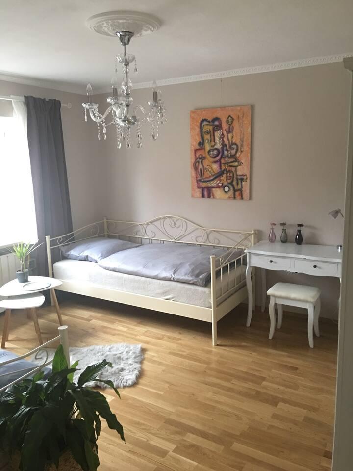 Privatzimmer im Barock Stil für ein bis zwei Gäste