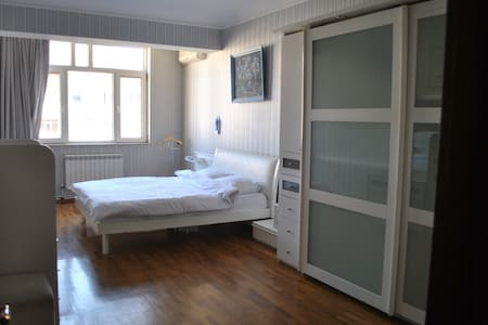 Artistic 2 bedrooms apartment - Baku