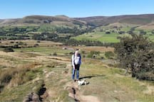 View from Mam Tor over Edale to Kinder Scout