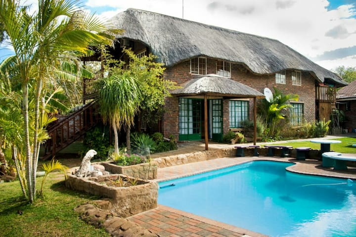 Do-Drop-In, self catering, Air con. - Hoedspruit - Wohnung