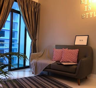 "TP2 Fish's Homestay @ The Platino, ""Paradigm Mall"""