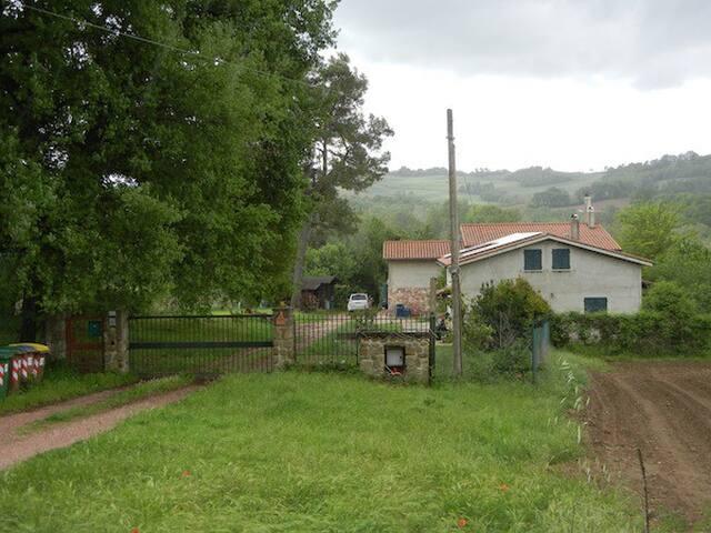 al centro dell'Umbria - Fratta Todina - Villa