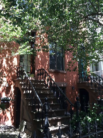 Cozy Ground Floor in Park Slope, BK - Brooklyn - House
