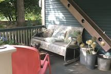 Front Porch, wine, beer, coffee????