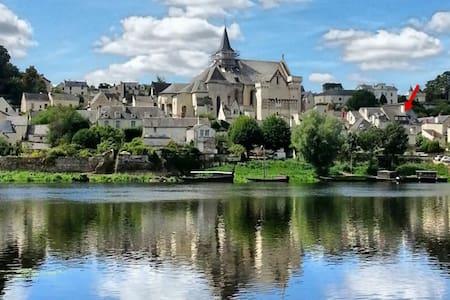Maison classée avec vue sur la Loire