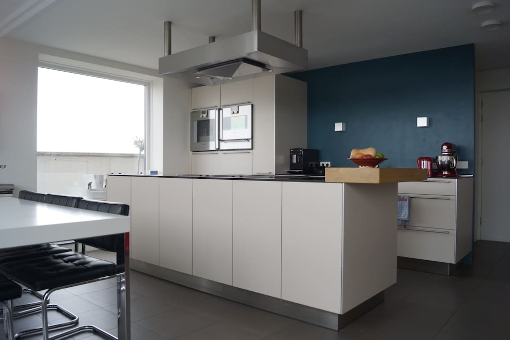 Fully equipped Bulthaup kitchen