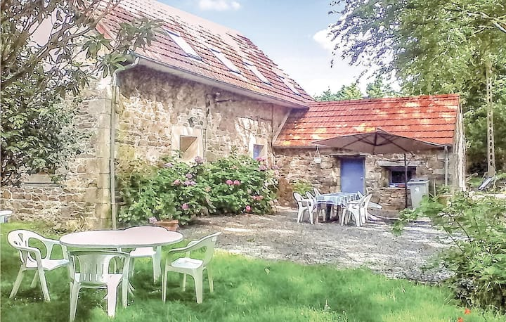 Semi-Detached with 2 bedrooms on 60m² in Lannion