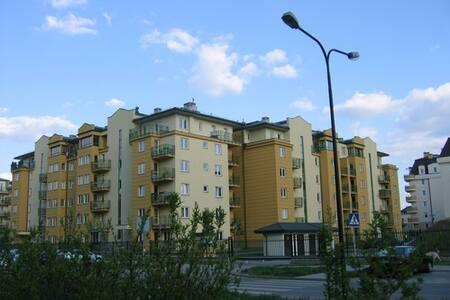 Separate room in Kabaty - Warszawa