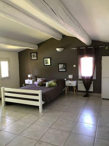 Chambre 4 à l étage climatisée