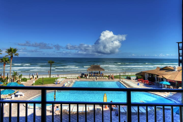 Hawaiian Inn - 3rd Floor Front & Center - Daytona Beach Shores - Apartament