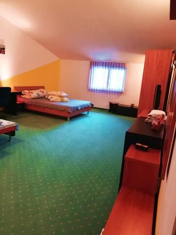 camerea nr.9