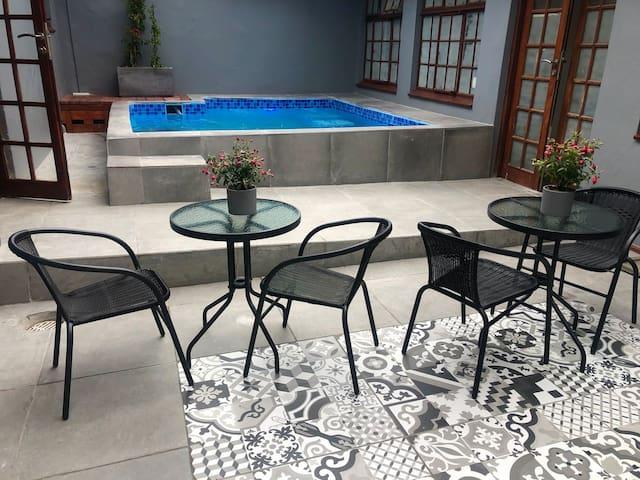 Stunning Bed&Breakfast in Safe Hotel Complex