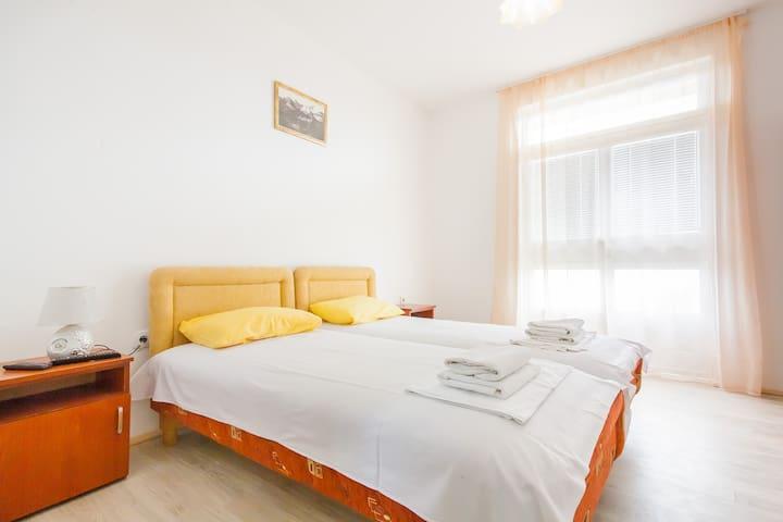 Однокомнатный апартамент в г. Бар - Bar - Apartment