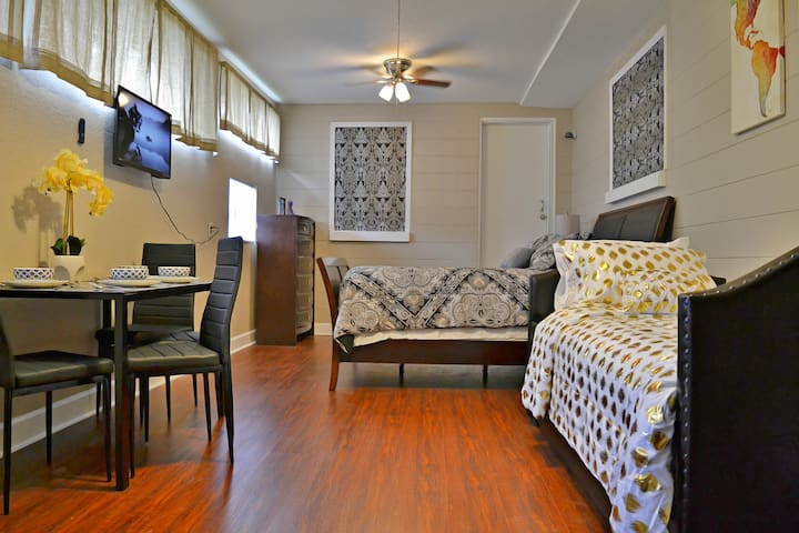 ♕ The Enchanted Suite in the ♥ of Orlando! ♕